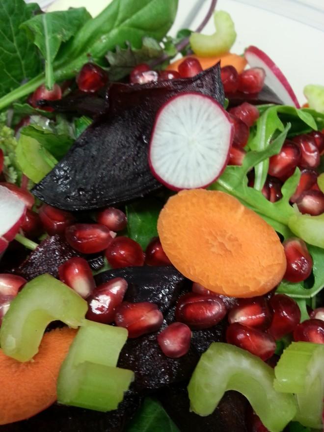 Pom beet salad